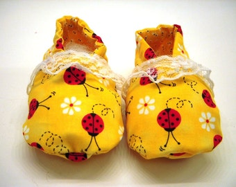 Baby Soft Crib Shoes Hand Made  0 to 6 months Ladybugs Ready to ship SALE