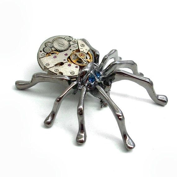 Steampunk Spider Brooch - La Princesse Tribute - Jewelry