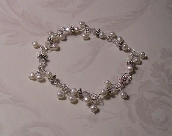 CUSTOM ORDER, Wedding Bracelet, Brides Bracelet, White Pearl Bracelet, Handmade Bracelet, Wedding Jewelry, Unique Handmade, Bridesmaids Gift