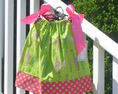 Pillowcase Dress Giraffes in Lime by Groovy Gurlz  Sizes 3m, 6m, 9m, 12m, 18m, 24m,