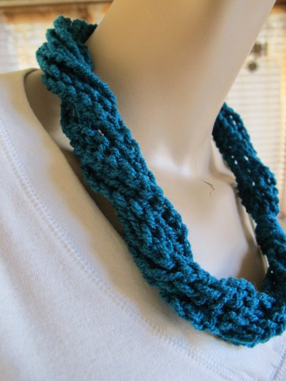SALE - Teal Twisted Chain Cowl (273)