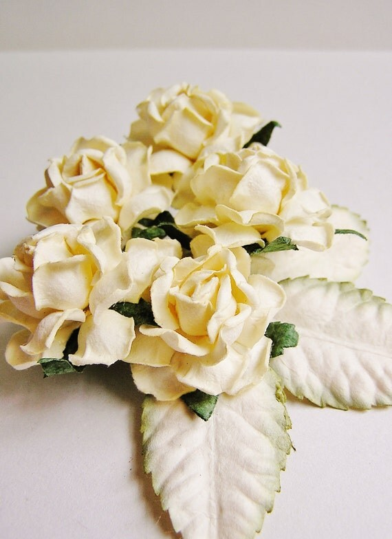 Cream English Garden Roses with Moss/ Cream ombre leaves Vintage style bunch Millinery Flower Bouquet - 5 FL - 3 L