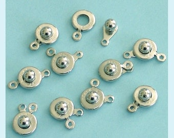 8  Pieces Of Silver Color Ball and Socket Clasps
