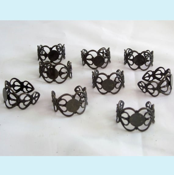 10 Pieces of Antiqued Bronze Heart Filigree Ring With  Flat  Pad
