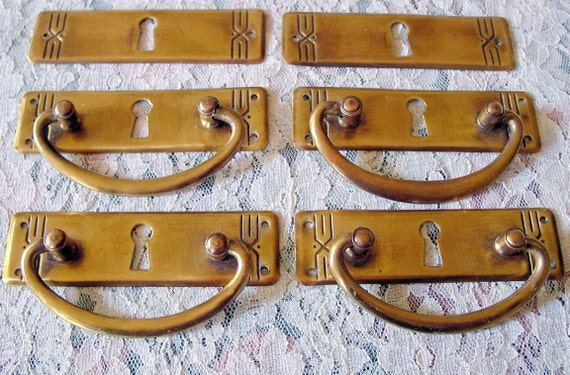 Set of 6  Art Deco Vintage Gold Brass Metal Handles with Pulls for Dresser Drawers