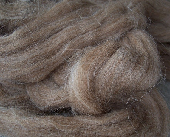 Fine medium brown Alpaca fibre, 100 g