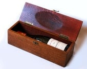 The Trousse, luxury wine gift box, recycled oak wine barrel