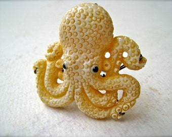 Octopus Ring - carved octopus ring, krakken ring, natural history octopus ring, cephalopod ring, statement ring, nautical ring