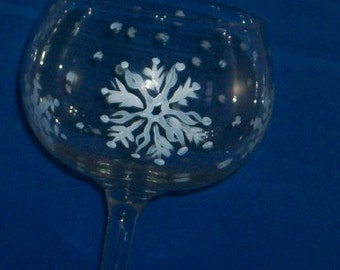 snowflake hand painted wine glass eco friendly