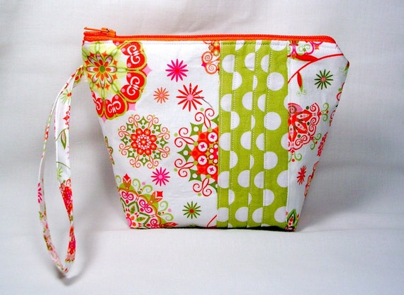 Cosmetic Bag Wristlet / zippered pouch / Make up Bag Patchwork  Malibu in Pink