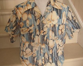 1960s 1970s Men's Tropical Shirt Short Sleeve Atkinson Size Medium