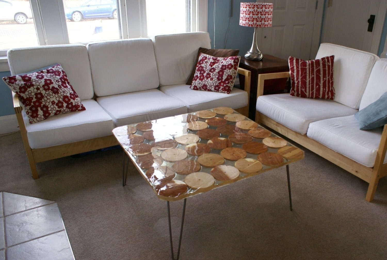 Repurposed coffee table with wood circles. 🔎zoom - Repurposed Coffee Table  - Repurposed Coffee - Repurposed Coffee Table IDI Design