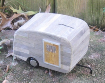 Coin Bank - The Little Old Trailer Bank (no. 5)