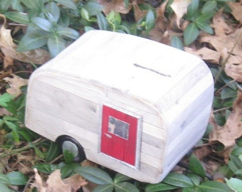 Coin Bank - The Little Old Trailer Bank (no. 5R)