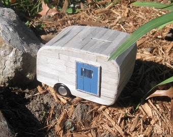 Coin Bank - The Little Old Trailer Bank (no. 5B)