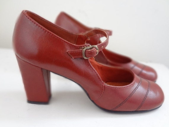 1970s  Gaymode Mary Jane Heels Size 7