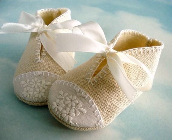 Zapatos de bebé de coser Patrón con apliques y lazos de cinta - PDF ePattern
