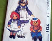 1980 Vintage Sewing Pattern - 3 Foot Raggedy Anne and Andy - McCalls 7131 - UNCUT FF