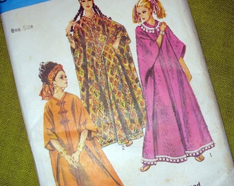 Vintage 60s - Simplicity 8354 - Boho Caftan Pattern - Proportioned to Your Height - UNCUT FF