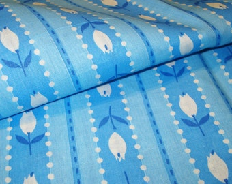 Vintage Cotton Yardage - Light Blue Stripes  - White Tulips - Floral - Light Weight