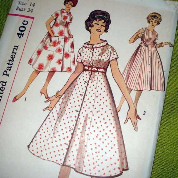 1950s Vintage  Sewing Pattern - Simplicity 2907 - DUSTER  - UNCUT FF