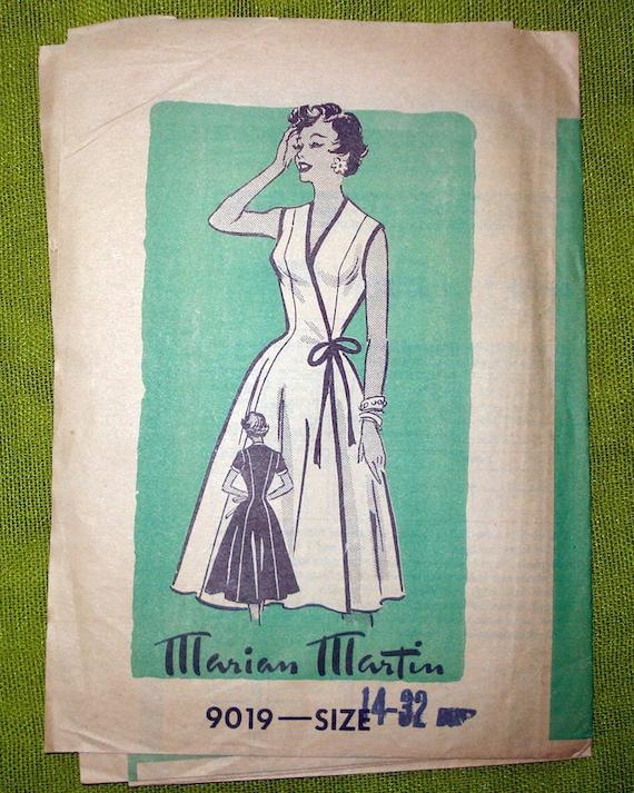 1950s Vintage Sewing Pattern - Wrap Dress - Marian Martin 9019