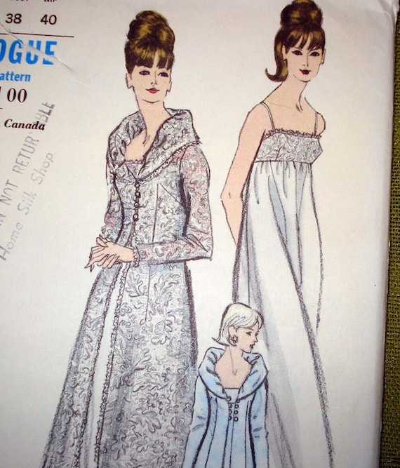 1960s Vintage Vogue Sewing Pattern - Nightgown and Wide-Away Collar Robe - Empress- Vogue 6430 - UNCUT FF
