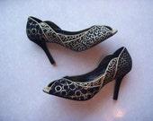 Golden Goddess Hand Painted Heels Sz 10