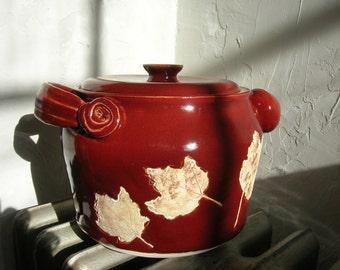 Red Glazed Bean Pot