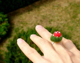 Ring with felted  moss and  toadstool, Women ring, Woodland jewelry