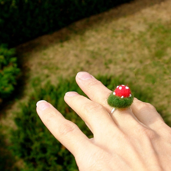 Ring with felted  moss and  toadstool