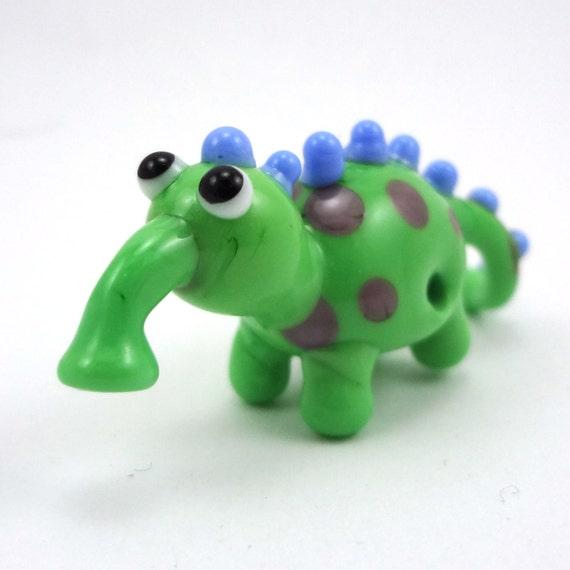 Little Polka Dot Lampworked Glass Creature Figurine Bead