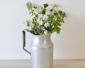 COUNTRY LIVING--1950s vintage Silver Wear Ever Farmhouse Pitcher