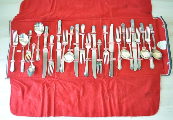 complete set of wm. a. rogers flatware in silverware container-- Oneida--vintage serving pieces