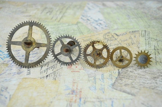 The Artists FINDS--vintage brass Big Ben clock gears and parts---steampunk, altered art, jewelry supplies, mixed media, diy supplies