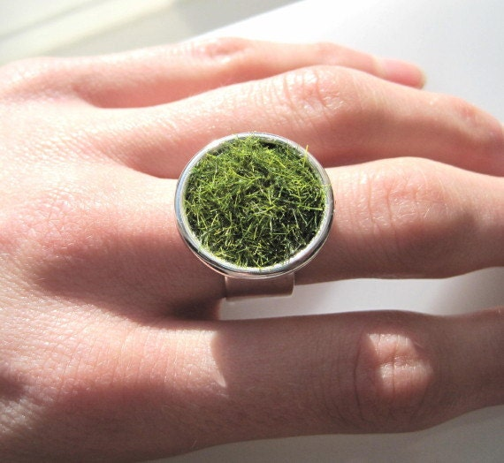 Lush Green Grass Round Silver Ring Wide Adjustable Band