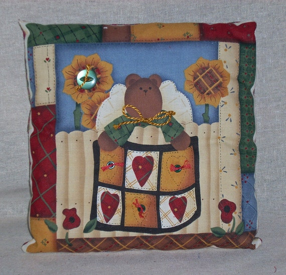 PILLOW--Country Angel  Bear with Quilt