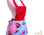 I Love Mom kitschy bib apron