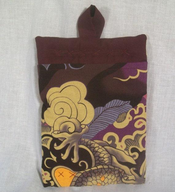 Plum color Japanase print hand quilted pot holder