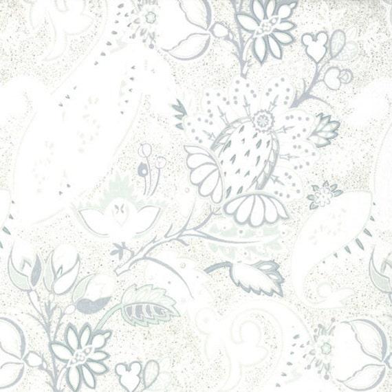 SALE BLITZEN, BasicGrey, Moda Fabrics, Paisley, Tonal Snow White...Fat Quarter - LAST one