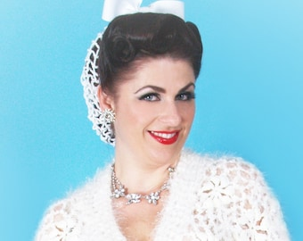 Hair Snood in White Crocheted from Vintage 1940's Design Retro Pinup