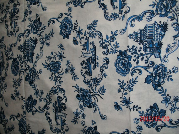 BLUE and WHITE COTTON fabric yardage Quilt back Asian pattern Crisp and Fresh 60 x 90