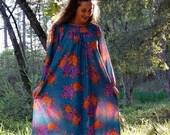 On SALE Vintage Full Bloom Satin Rose Dress