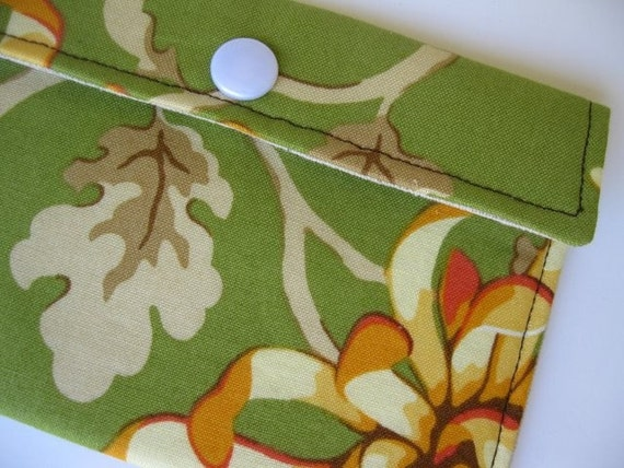 Snap Card Wallet - Painted Mum - 50 PERCENT OFF