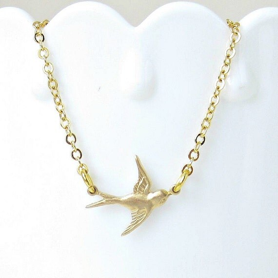 FREE SHIPPING CHRISTMAS Sale / Soaring Sparrow Bracelet, Wings, Bird