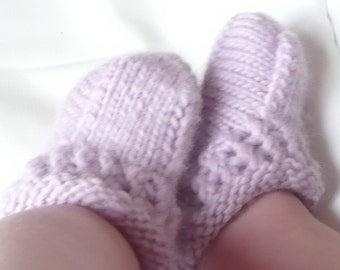 Seamless Booties Knitting Pattern - Baby Knits - Simple Seamless Baby Boots - 4 Sizes Newborn - 12 Mths