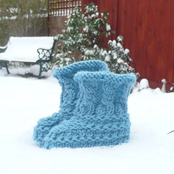 Baby Knits Pattern - Baby Booties Shoes - Teal Textured Baby Boots - 3 Sizes Newborn - 12 Mths