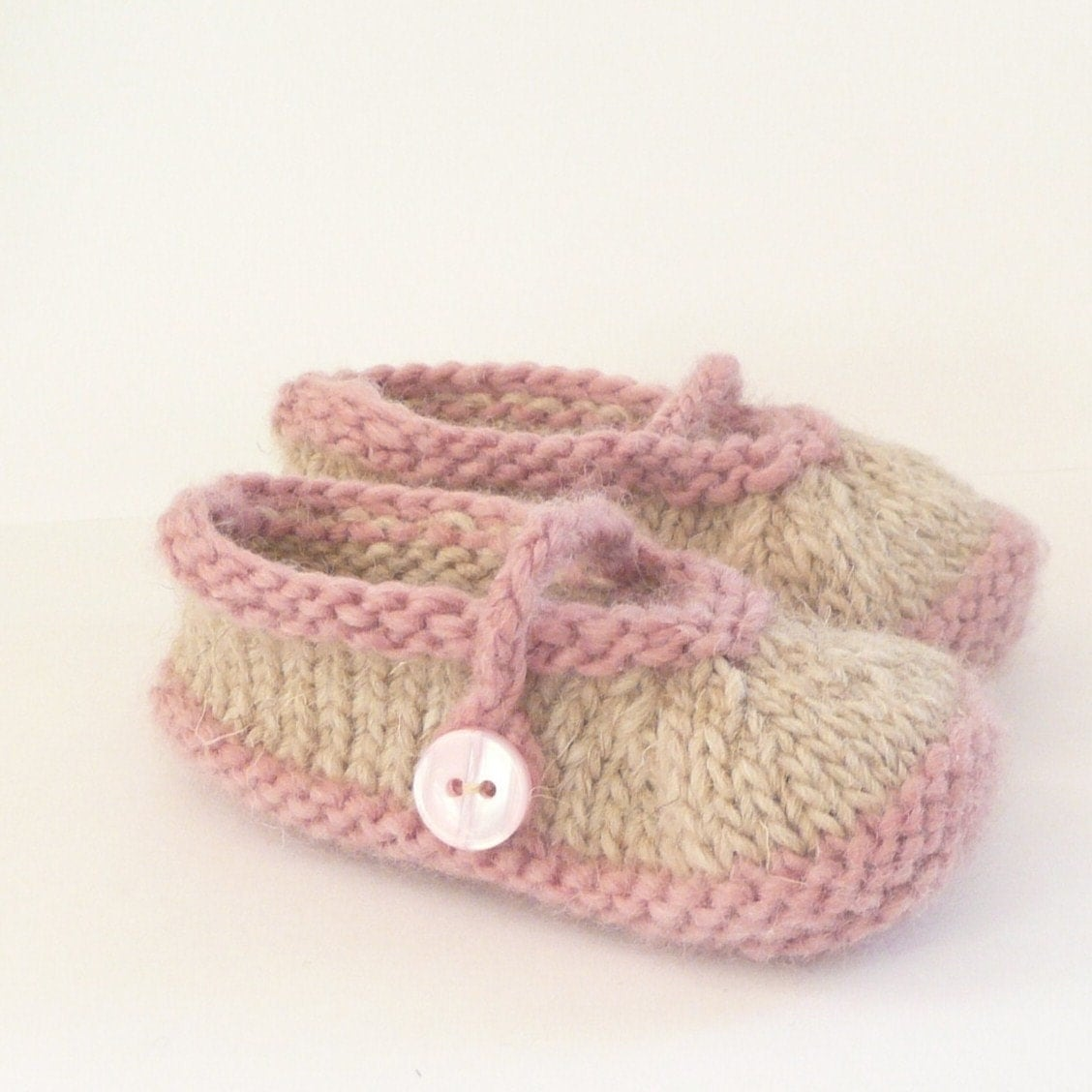 Simple Bootie Knitting Pattern : Knitting PATTERN BABY Booties Simple Seamless Mary Janes