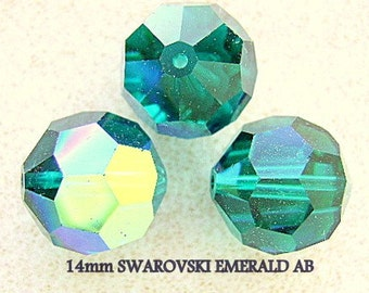 Beads,VINTAGE, SWAROVSKI,  14mm, Beads  Emerald AB, Focal, Large, New,