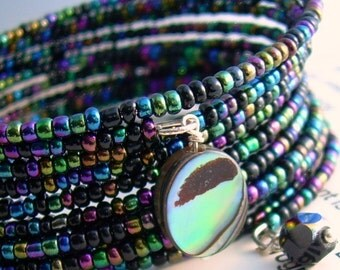 Black Rainbow Memory Wire Bracelet, Paua Abalone Shell Jewelry, Beaded Cuff Bracelet